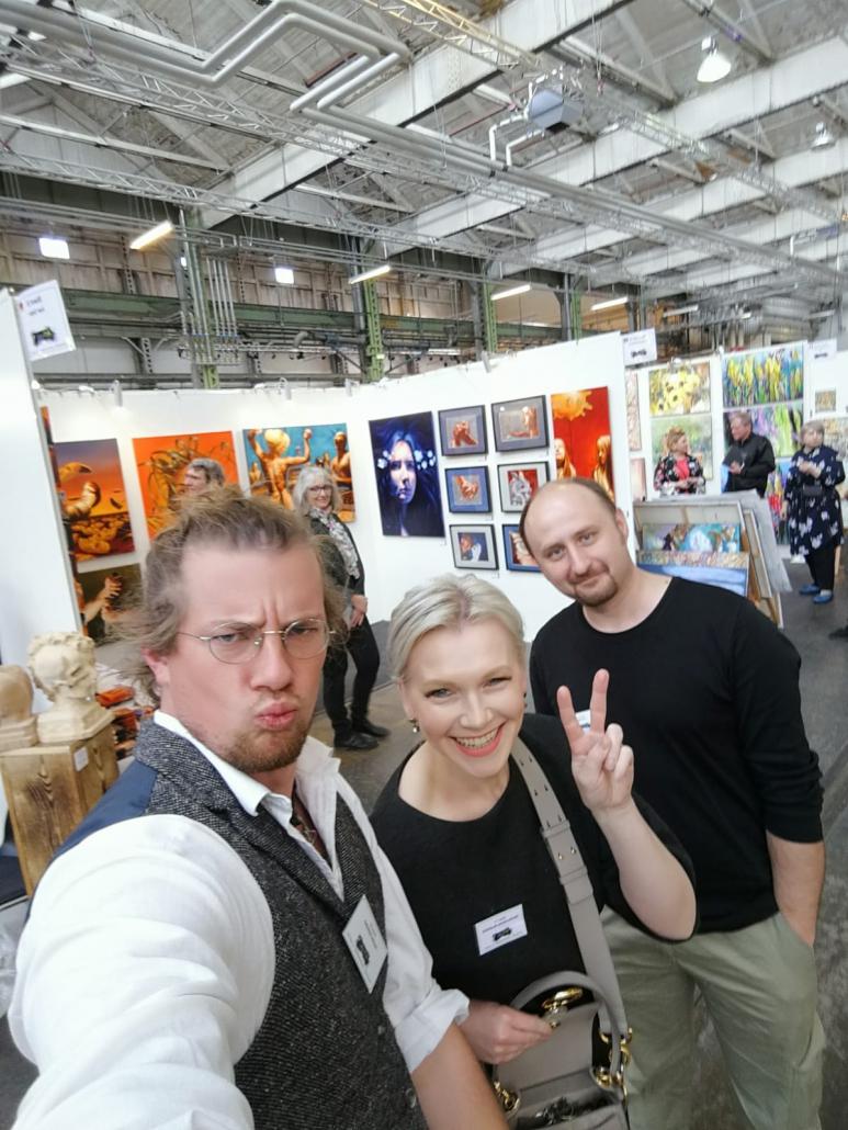 Joachim Seitfudem, Valentina Andrees-Reschetizka und Ivan Gejko auf der Art Nordic 2019